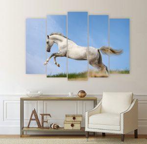 картина с бял кон, картиа кон; канава; картина; картина животни; картина за стена; декоративно пано; декорация за стена; кон; бягащ кон, препускащ кон, картина от пет части, картина от части