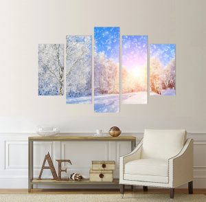 картина снежен пейзаж, сняг; снежинки; снежен пейзаж; зимен пейзаж; картина зима; картина зимен пейзаж; декоративно пано; декорация за стена; висококачествен печат; снежен залез; канава; картина; картина залез; картина на канава; картина на PVC; картина пейзаж; картина с висока резолюция; картина от пет части; картина от части;