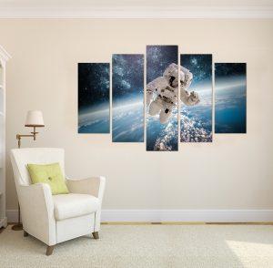 картина от 5 части; картина от пет части; картина от сектори; картина от части; картина астронавт, картина космонавт; космос; канава; канаваца; картина за стена; картина на PVC; картина пейзаж; картнно пано; декоративно пано; декорация за стена; висококачествен печат; картина с висока резолюция; снимка върху платно;